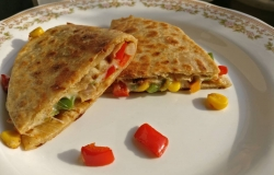 <p>I made Maxican veg Quesadila with wheat flour instead of refined flour.</p>