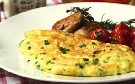 Breakfast done right: World's fluffiest omelette now in your kitchen!